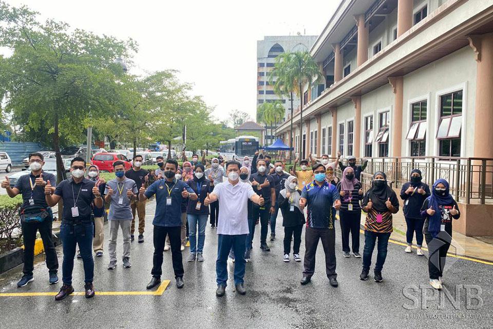 Image Mobilisasi Vaksin Komuniti (MOVAK) di Pulau Pinang